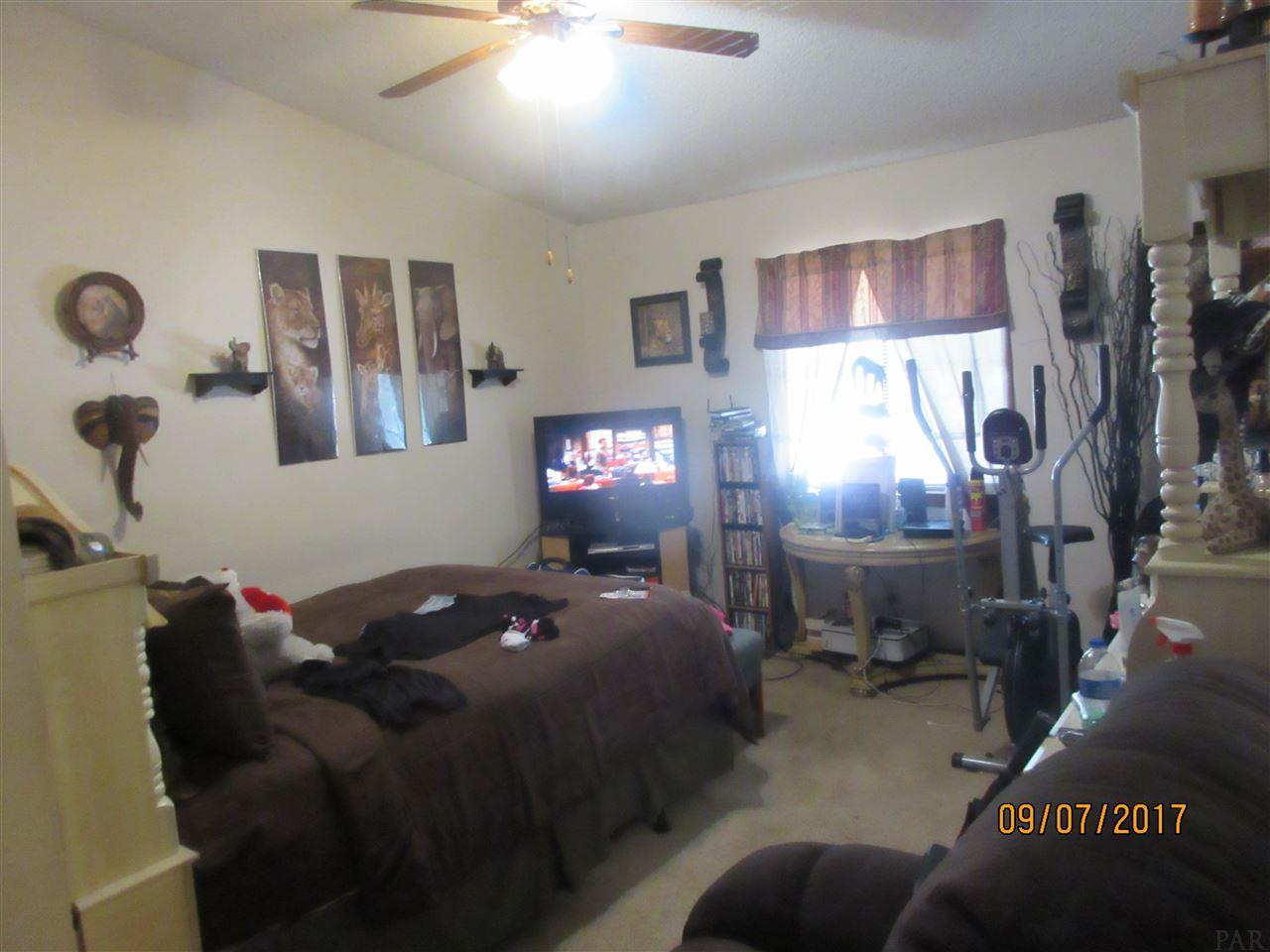 7225 W Fairfield Dr #D5, Pensacola, FL 32506