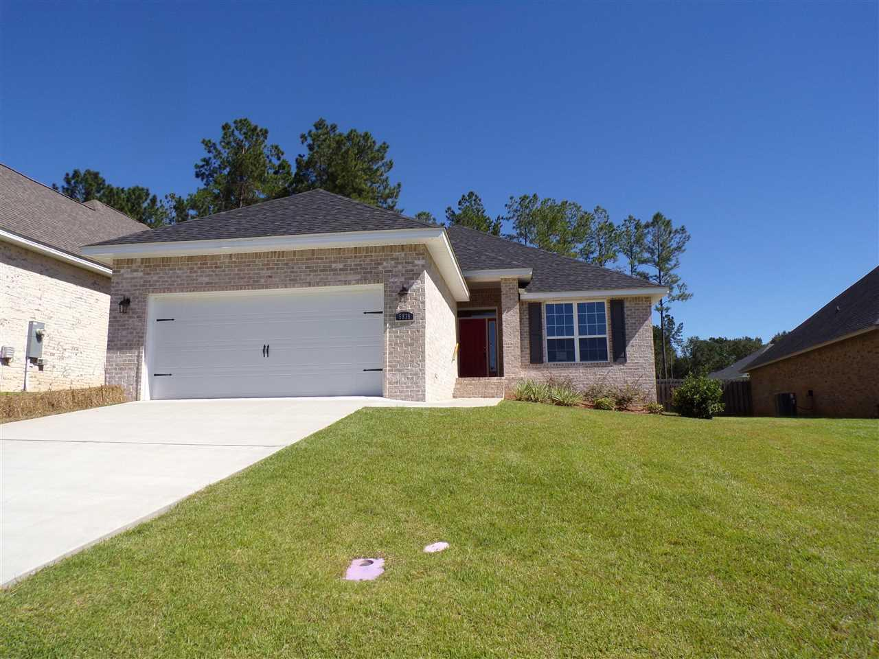 5838 Dunridge Dr, Pace, FL 32571