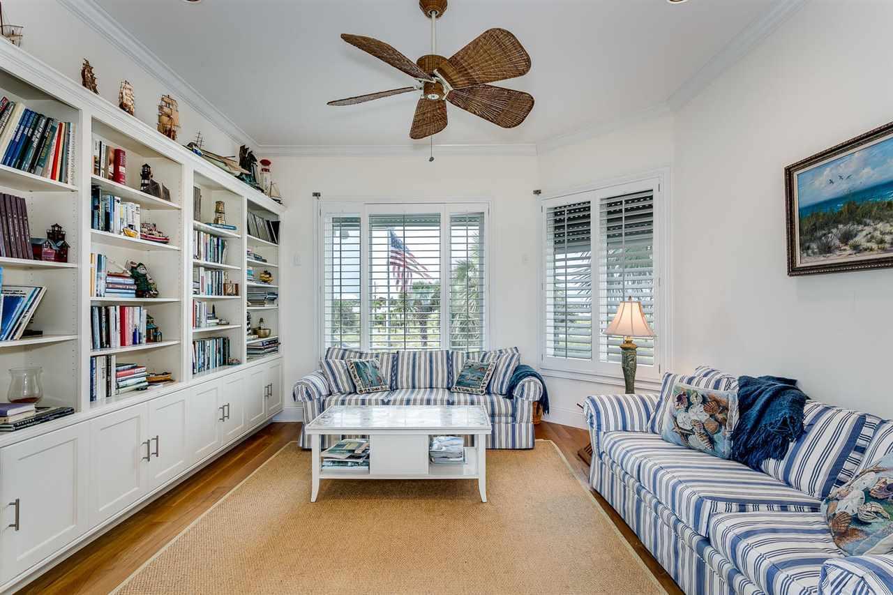 28 Calle Hermosa, Pensacola Beach, FL 32561