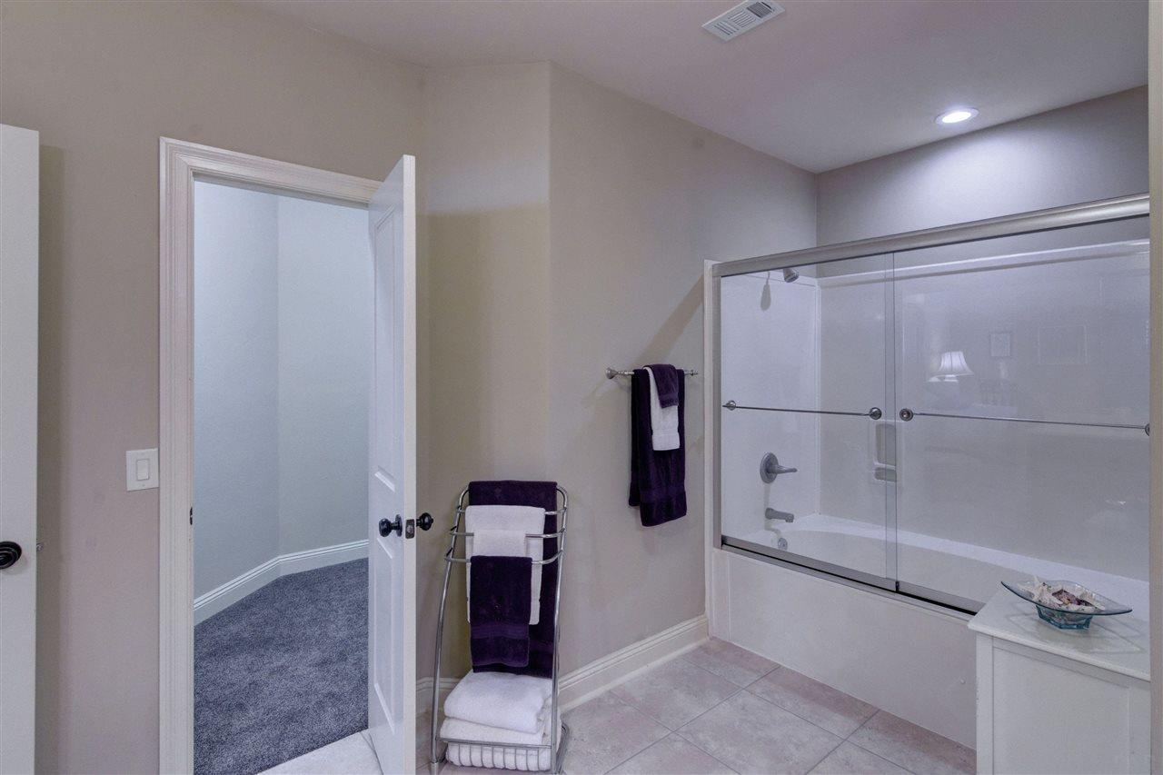 981 Bucyrus Ln, Cantonment, FL 32533