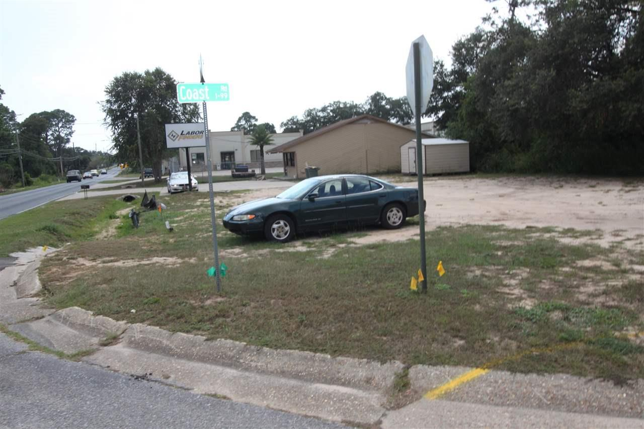 527 S Old Corry Field Rd, Pensacola, FL 32507