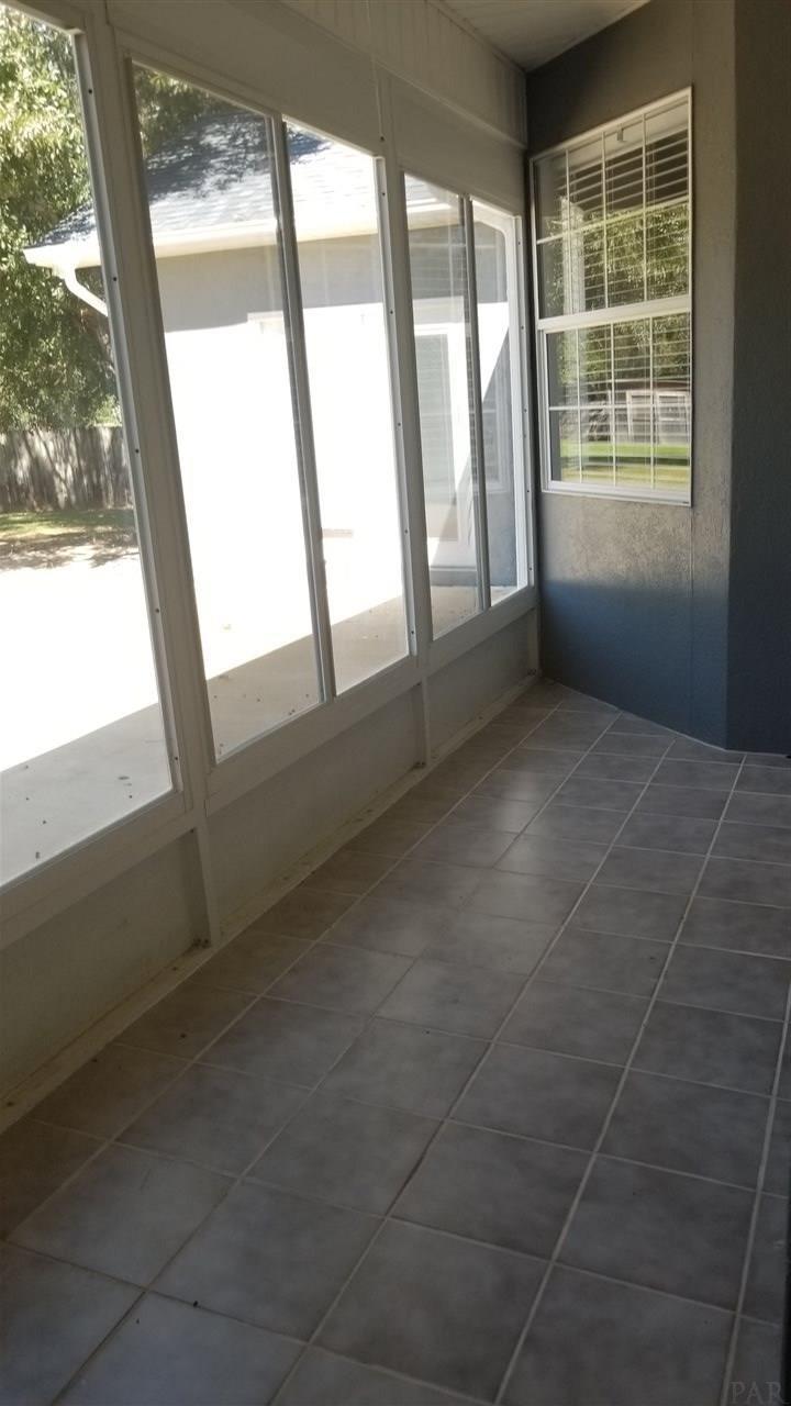 7620 San Ramon Dr, Milton, FL 32583