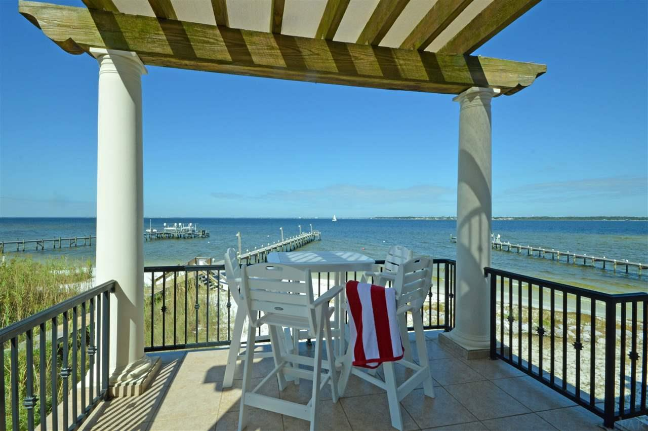 39 E Galvez Ct, Pensacola Beach, FL 32561