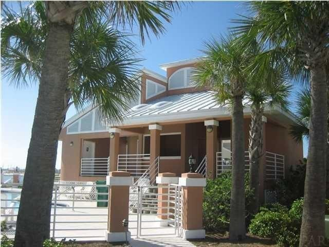 1492 Bermuda Dr, Navarre Beach, FL 32566