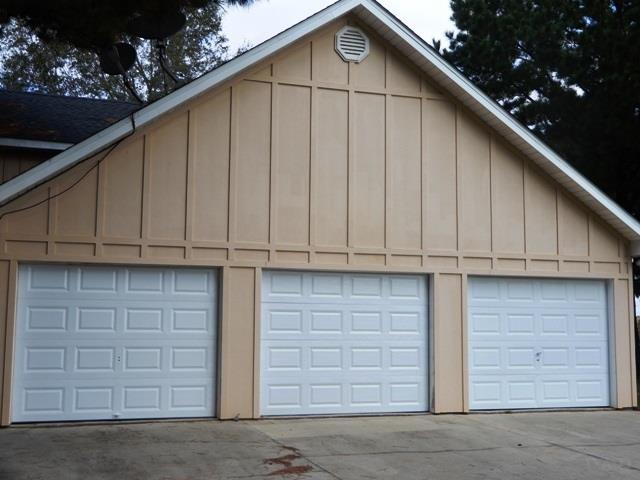 22 Edgewood Ct, Atmore, AL 36502