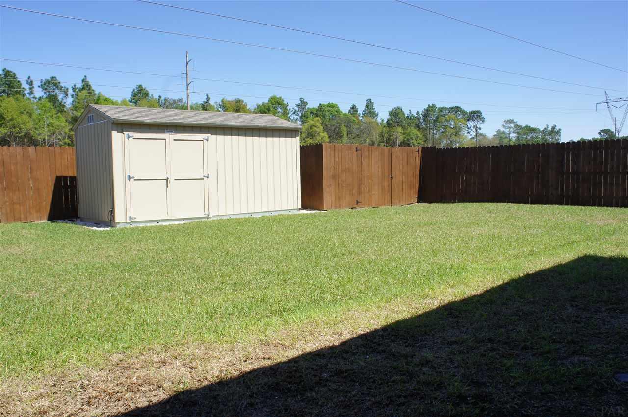 9177 Iron Gate Blvd, Milton, FL 32570