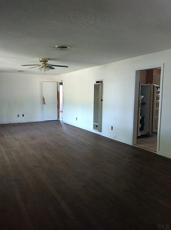 5906 Dallas Ave, Pensacola, FL 32526