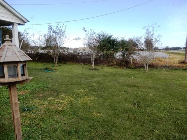 12217 Chumuckla Hwy, Jay, FL 32565