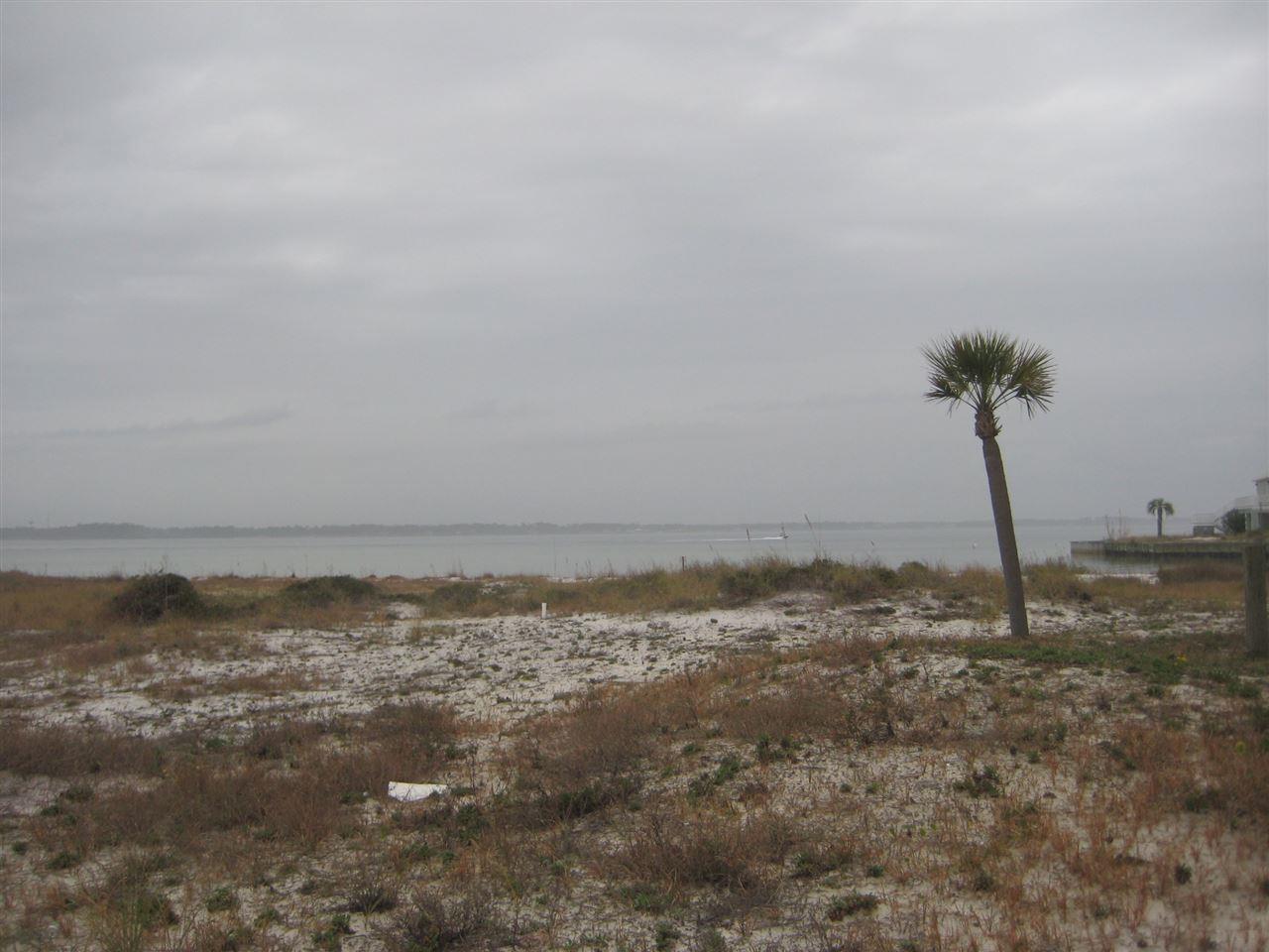 Spinnaker Ct, Navarre Beach, FL 32566