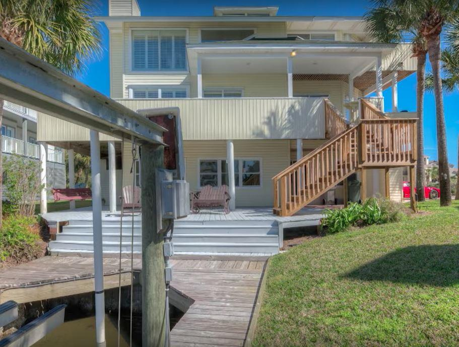 159 Le Port Dr, Pensacola Beach, FL 32561