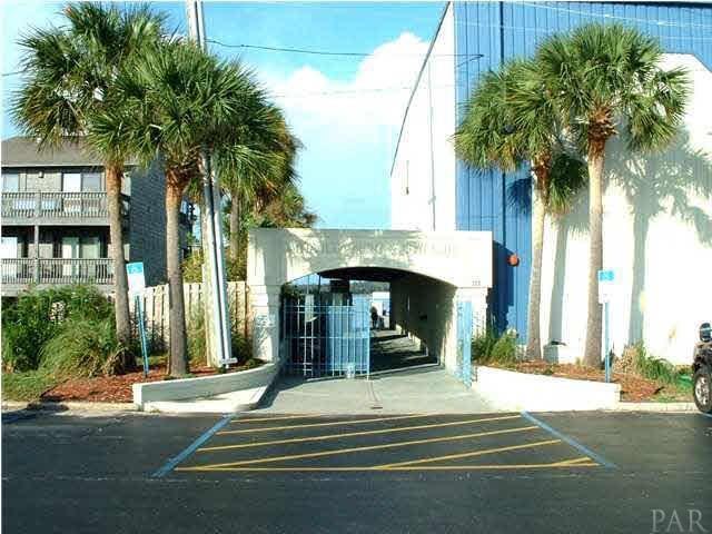 300 Pensacola Beach Rd #77, Gulf Breeze, FL 32561