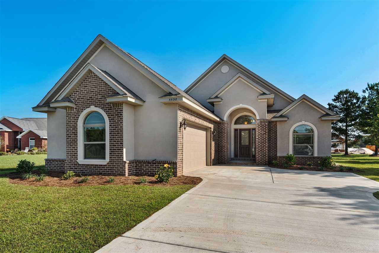 5490 Old Abbey Pass, Milton, FL 32583