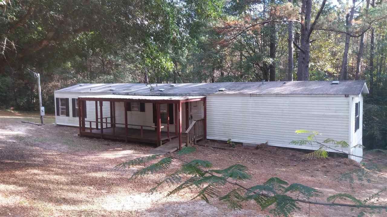 3204 Lakeview St, Crestview, FL 32539