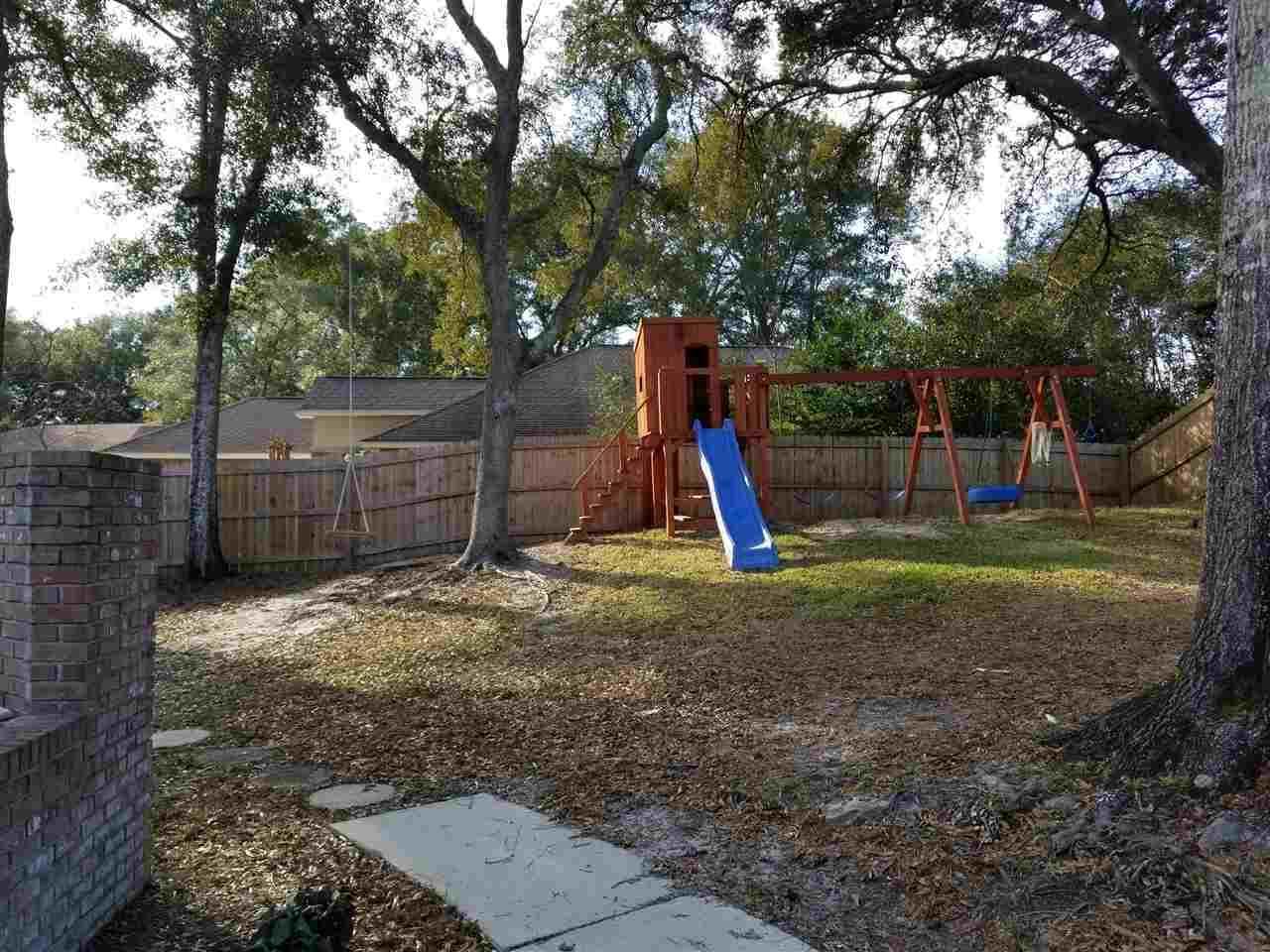 5930 Admiral Doyle Rd, Pensacola, FL 32506