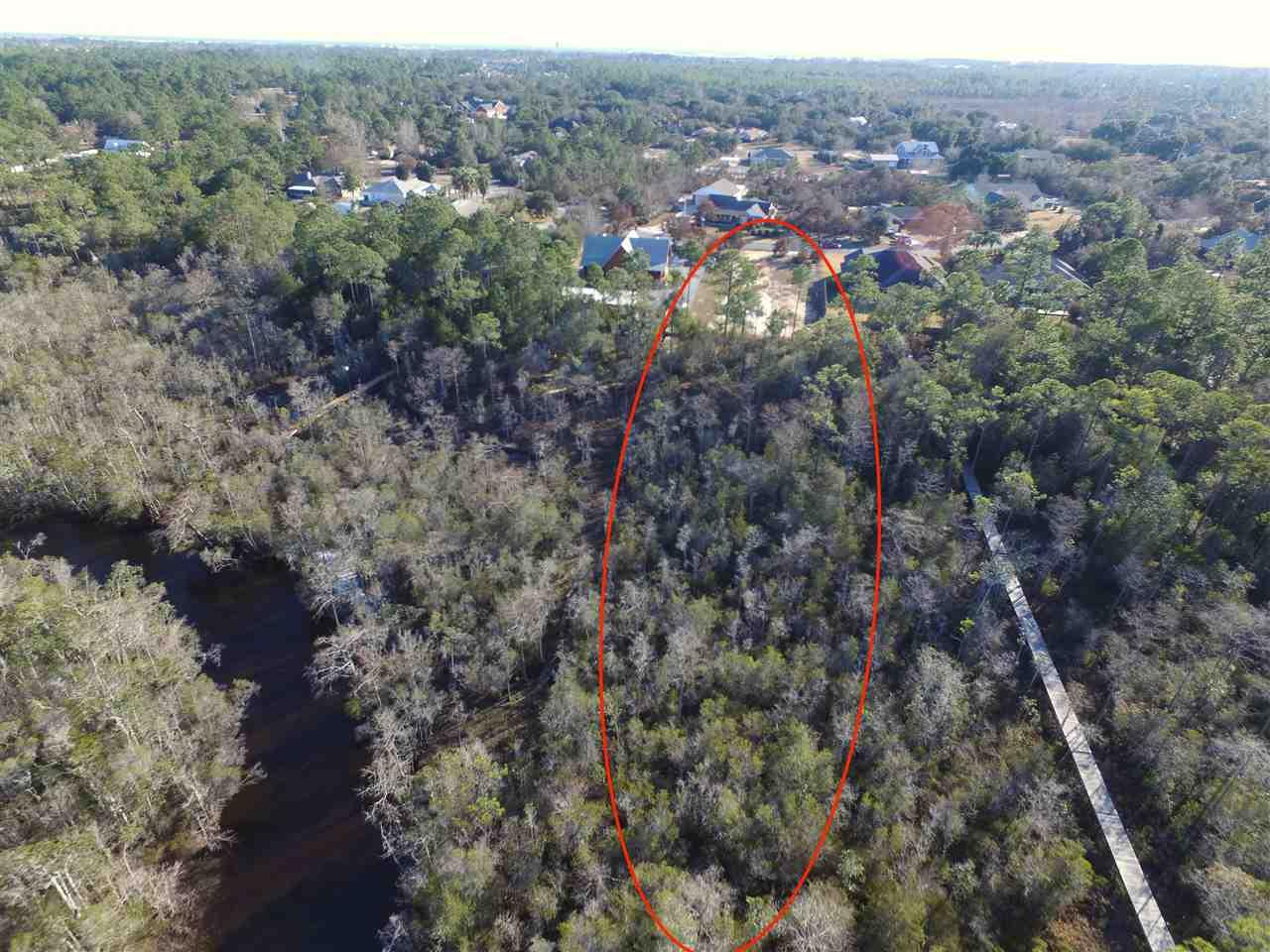 9460 Bone Bluff Dr, Navarre, FL 32566