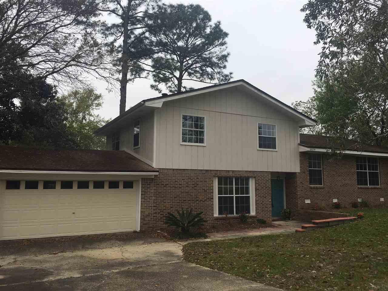10279 Sugar Creek Dr, Pensacola, FL 32514