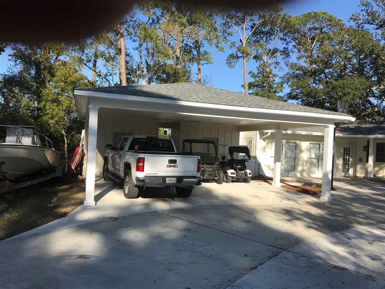 32 Star Lake Dr, Pensacola, FL 32507