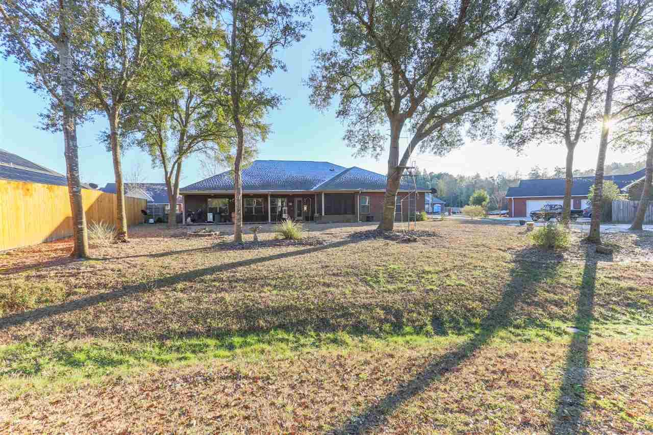 5652 Madelines Way, Pace, FL 32571