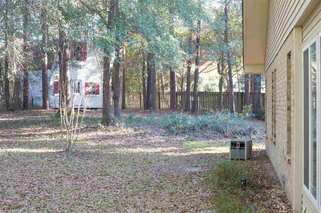1316 Hound Chase Cir, Pensacola, FL 32514