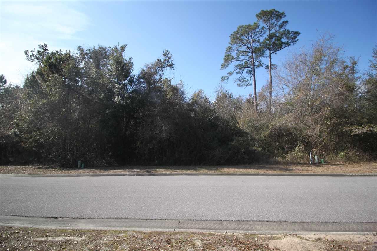 7663 Old Bay Pointe Rd, Milton, FL 32583