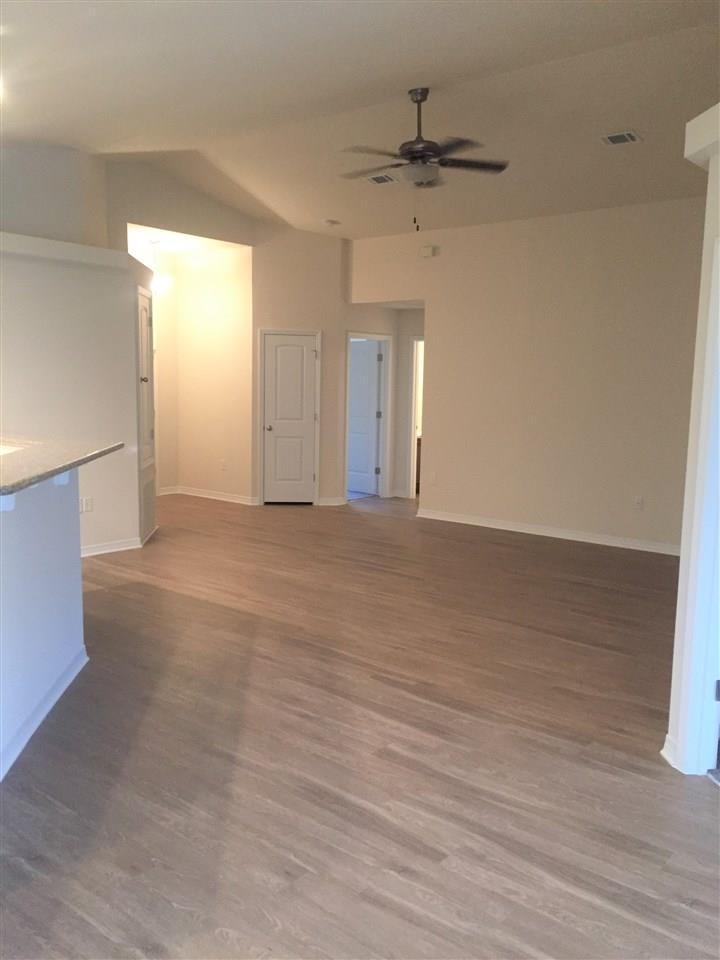 5949 Fairlands Rd, Milton, FL 32583
