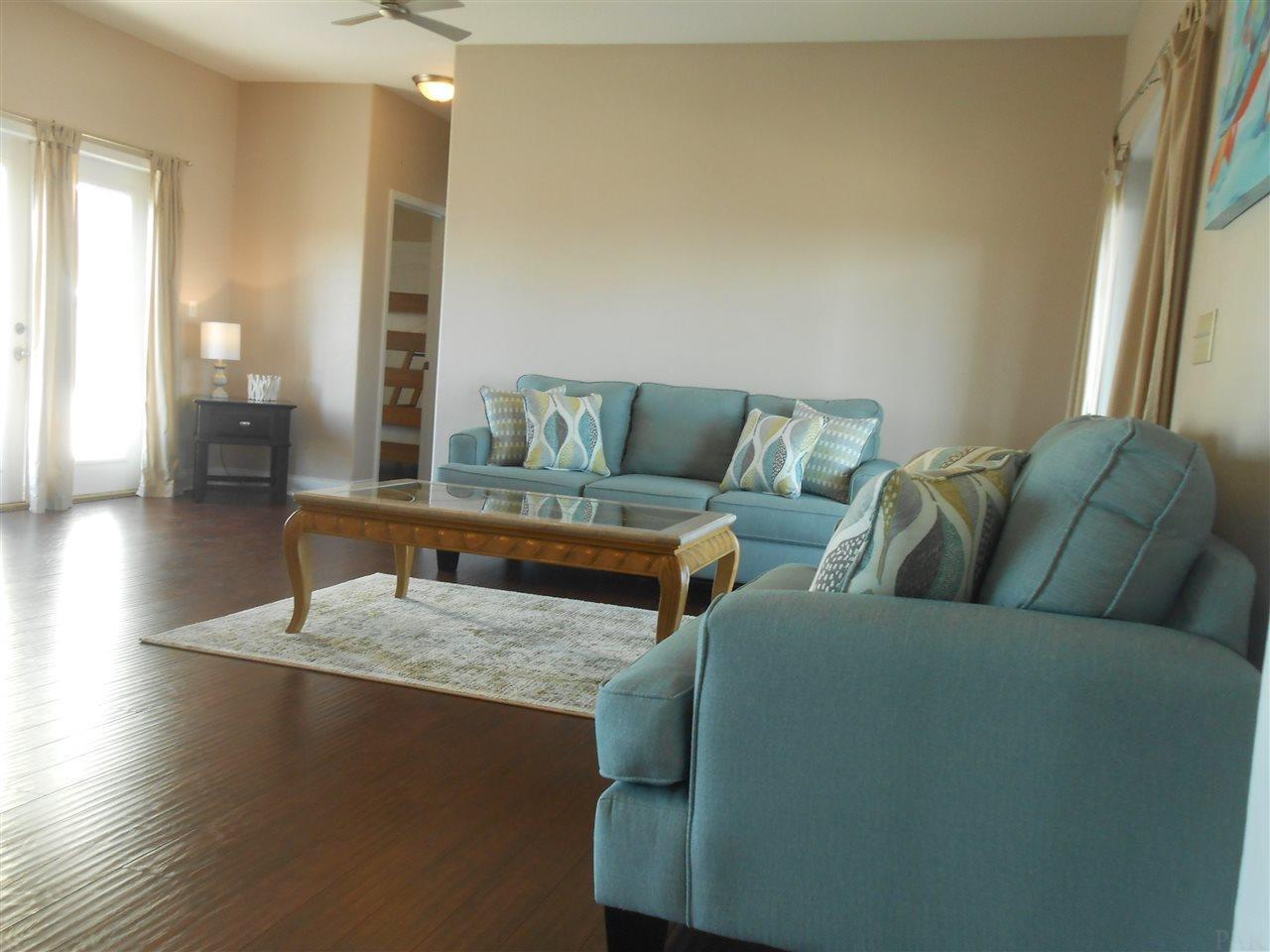 108 Via Deluna Dr, Pensacola Beach, FL 32561