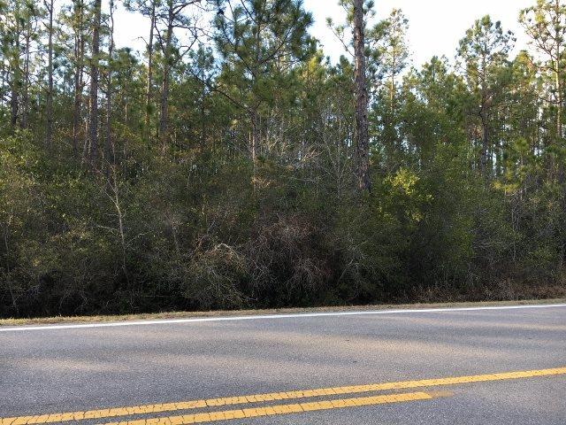 0001 Garcon Point Rd, Milton, FL 32583