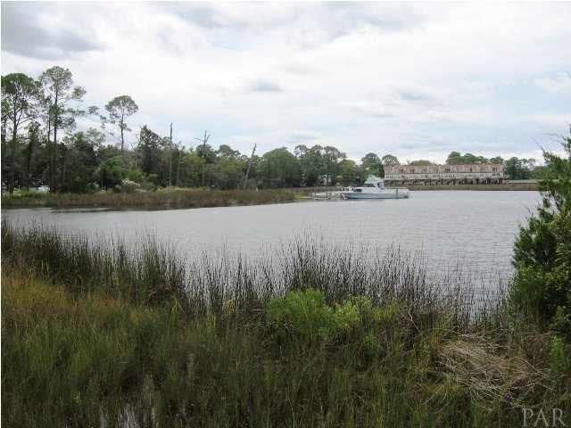 9145 Gulf Beach Hwy, Pensacola, FL 32507