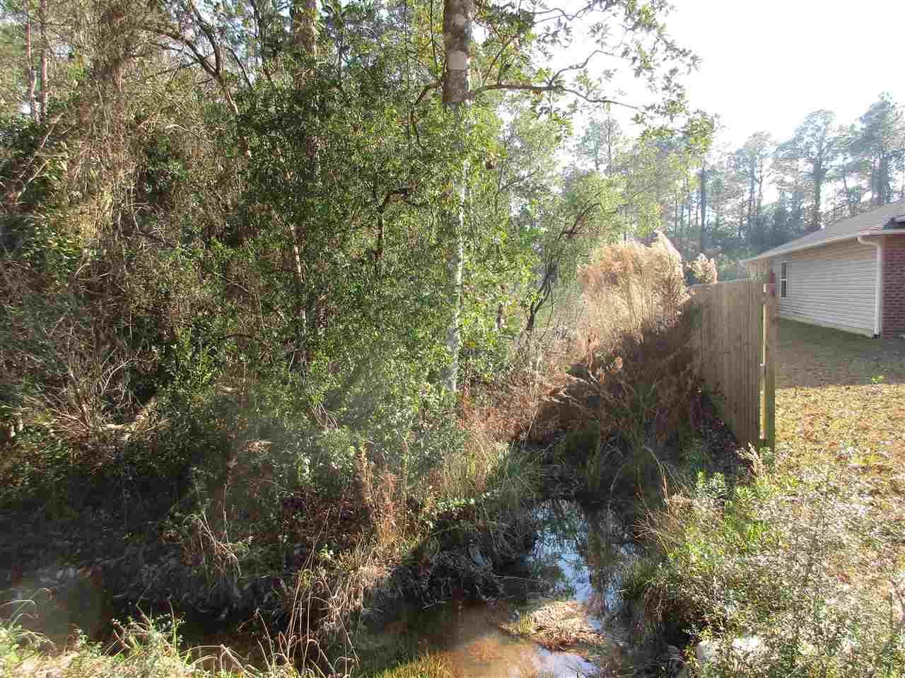 0001 Timber Ln, Navarre, FL 32566