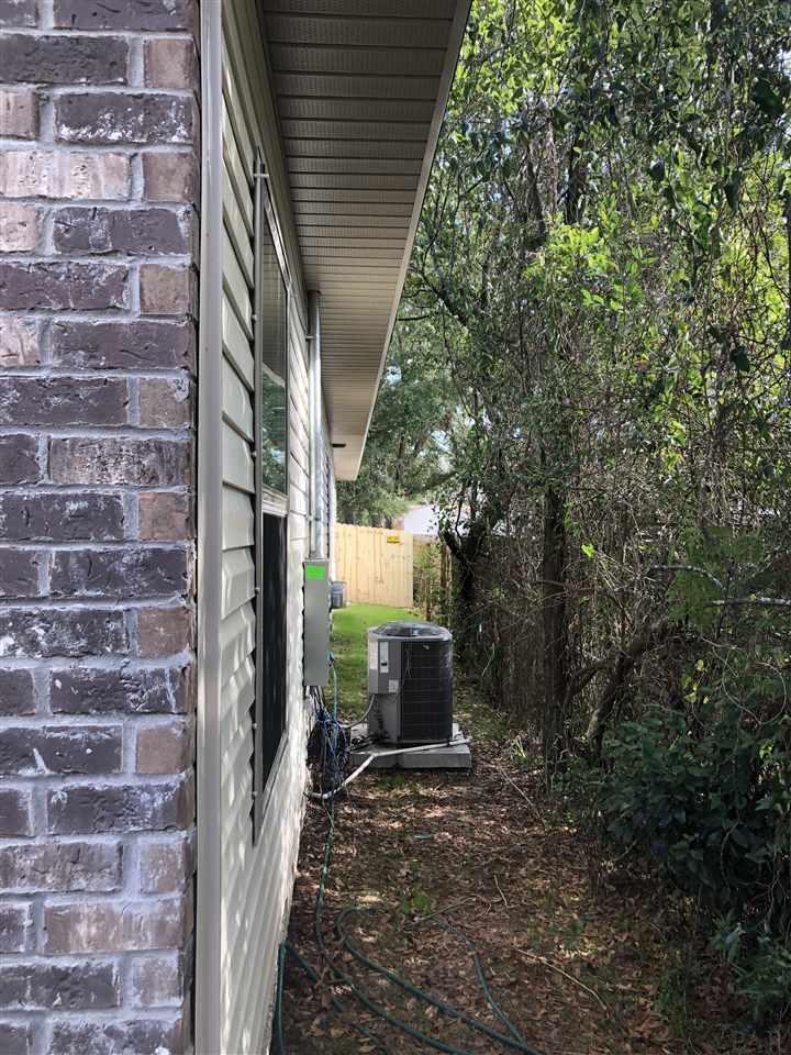 216 S J St, Pensacola, FL 32502