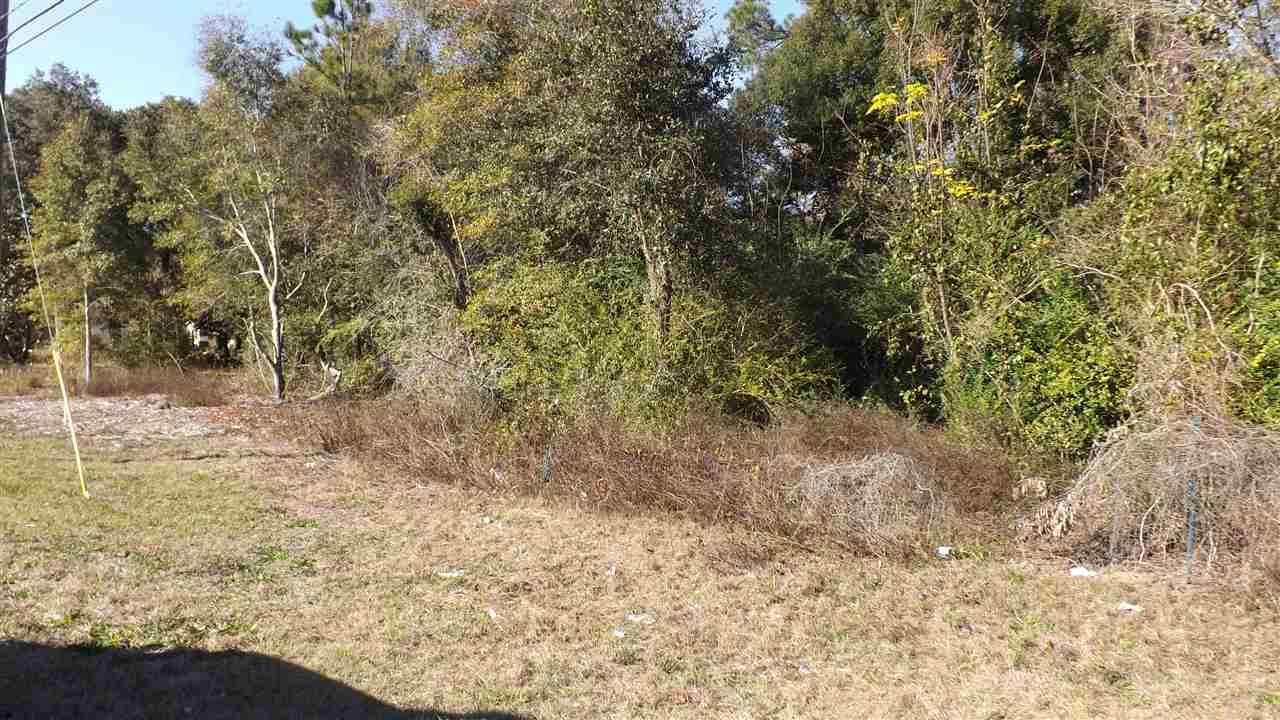 7000 Pine Forest Rd, Pensacola, FL 32526