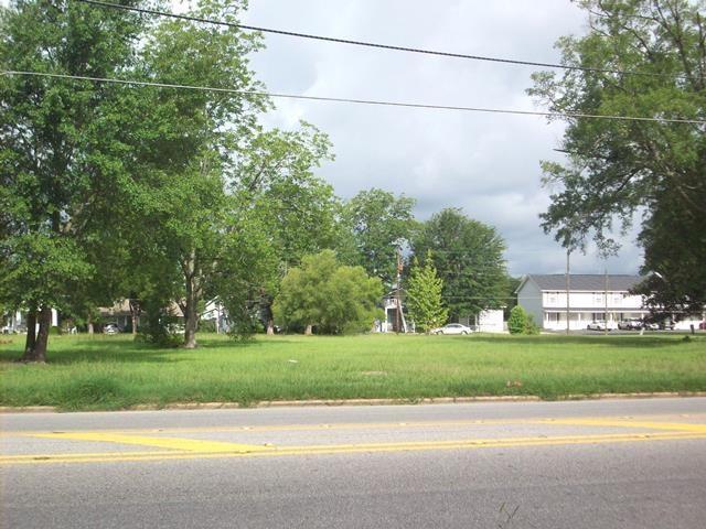 300 N Main St, Atmore, AL 36502