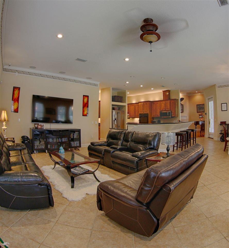 1444 West Shores Blvd, Gulf Breeze, FL 32563