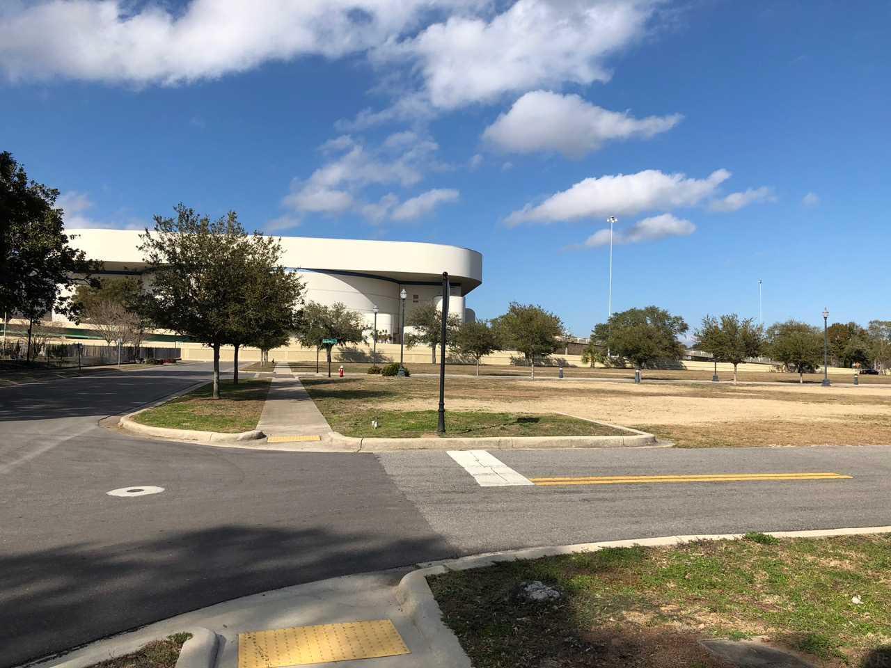 16 N Florida Blanca, Pensacola, FL 32502