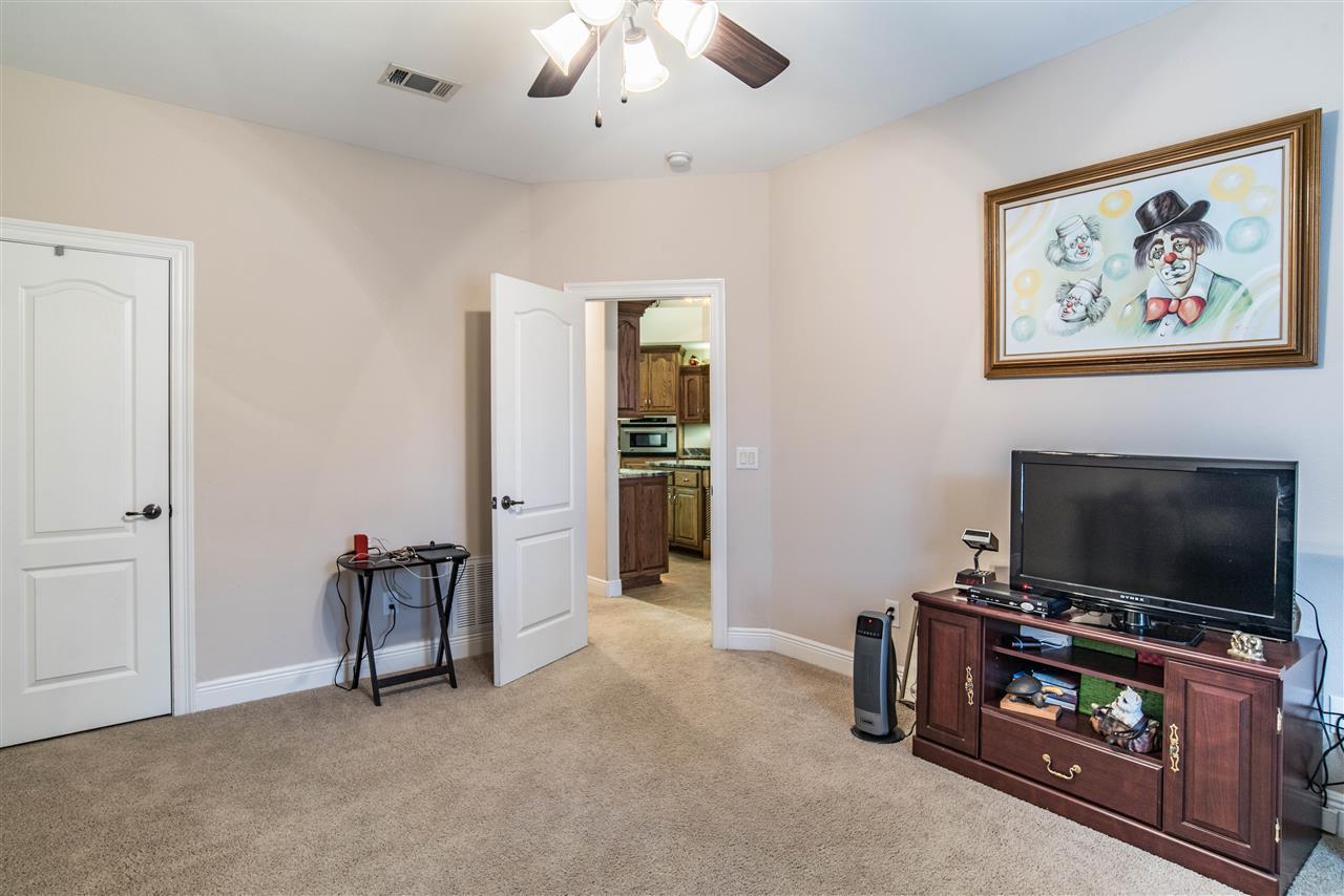 1686 Brightleaf Cir, Cantonment, FL 32533