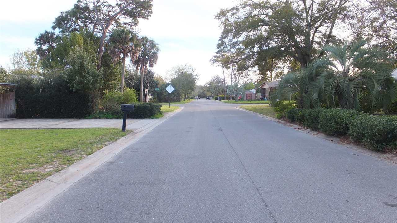 201 Se Baublits Dr, Pensacola, FL 32507
