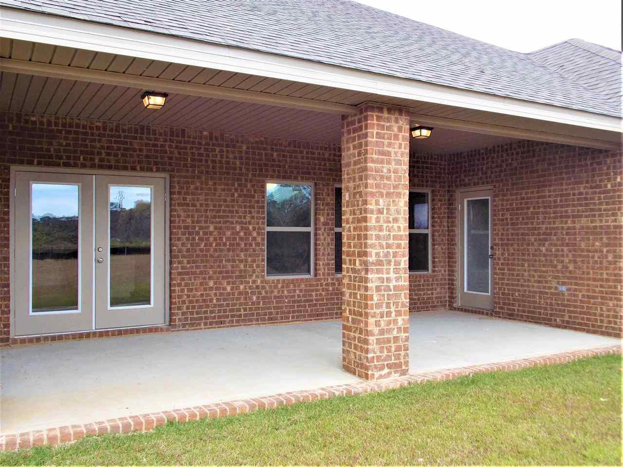 11176 Booner Cir, Pensacola, FL 32526