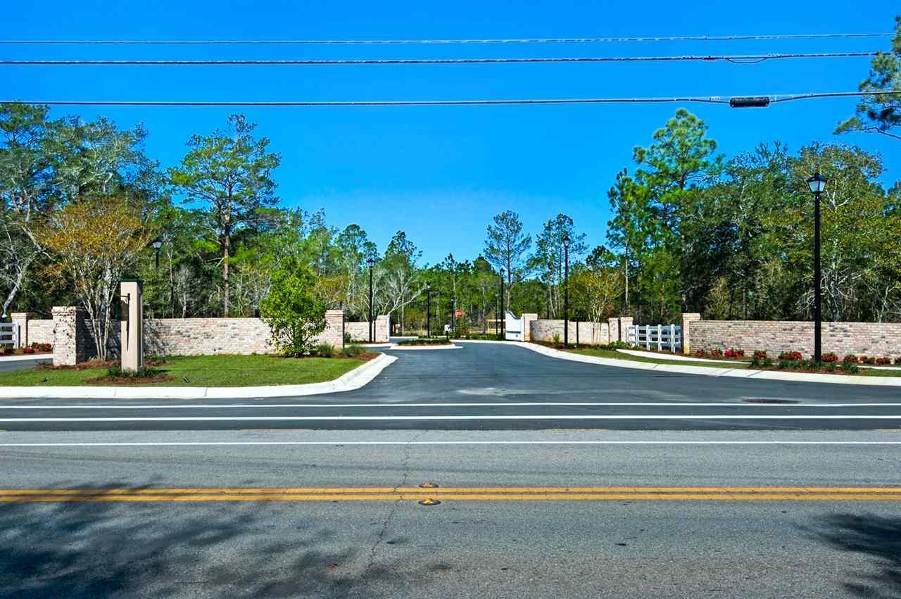 10011 Pandion Trl, Pensacola, FL 32507