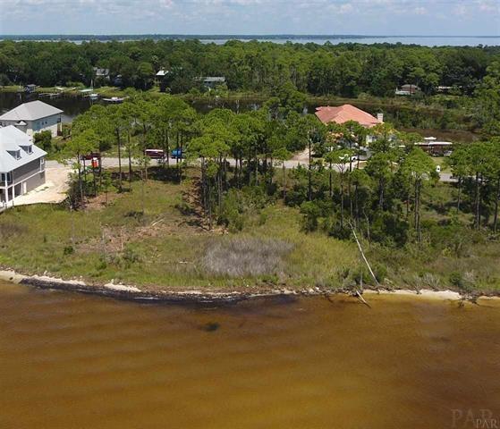 16321 Tarpon Dr, Pensacola, FL 32507