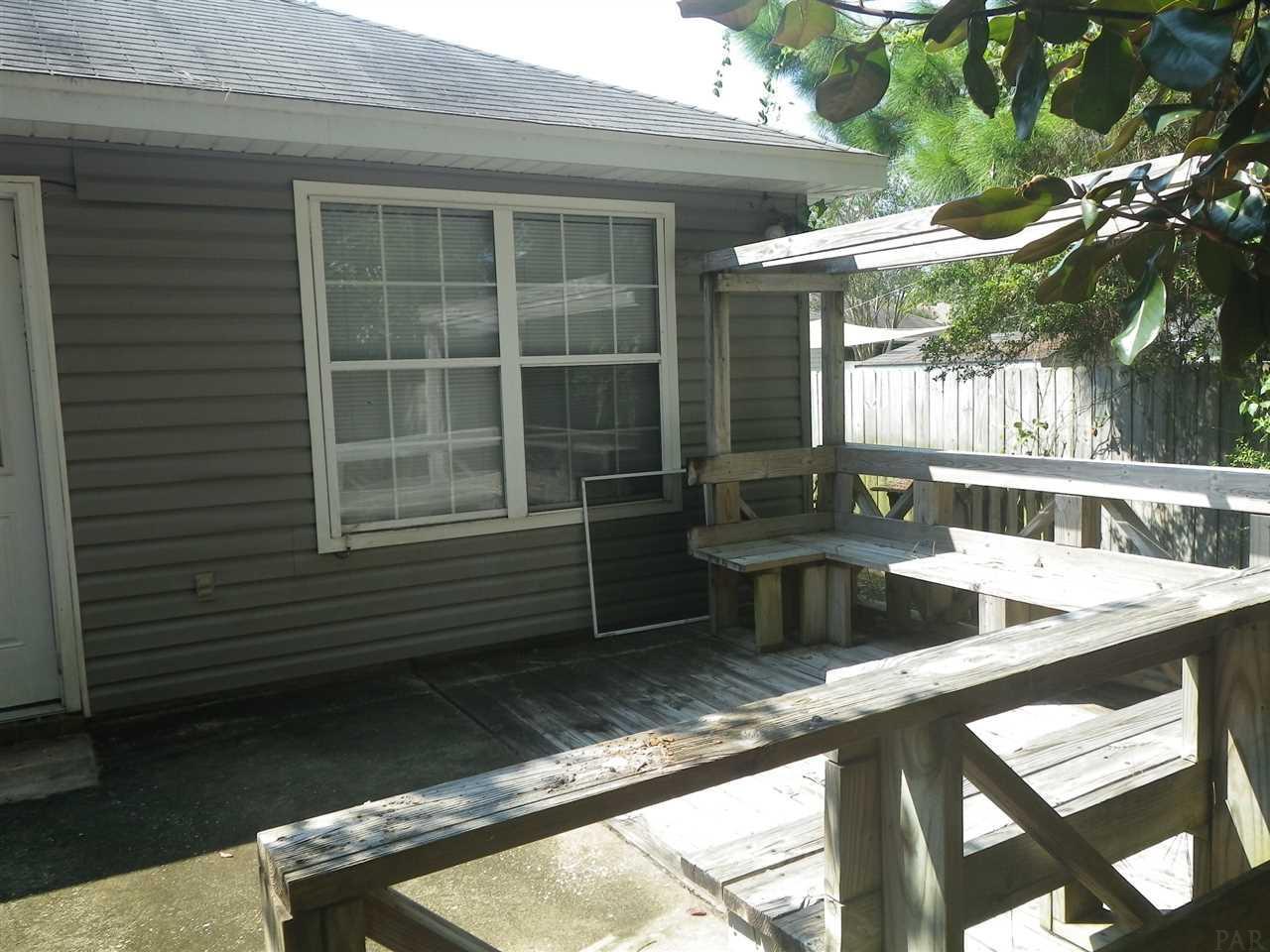 5592 Brentwater Pl, Gulf Breeze, FL 32563