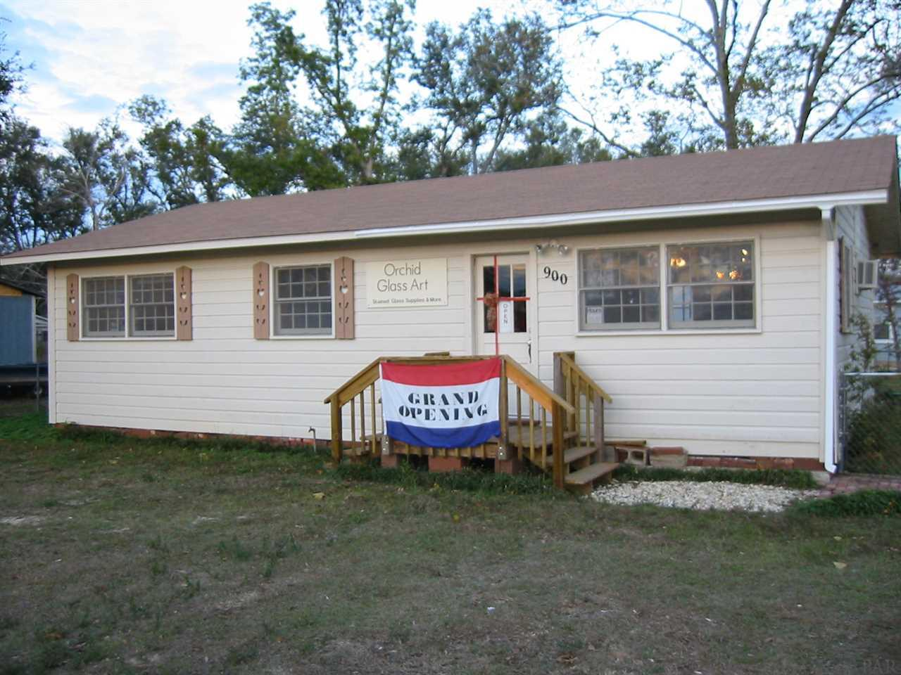 900 Rock Island Pl, Pensacola, FL 32505