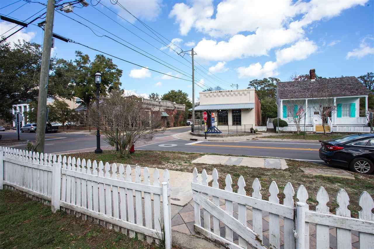201 S Alcaniz St, Pensacola, FL 32502