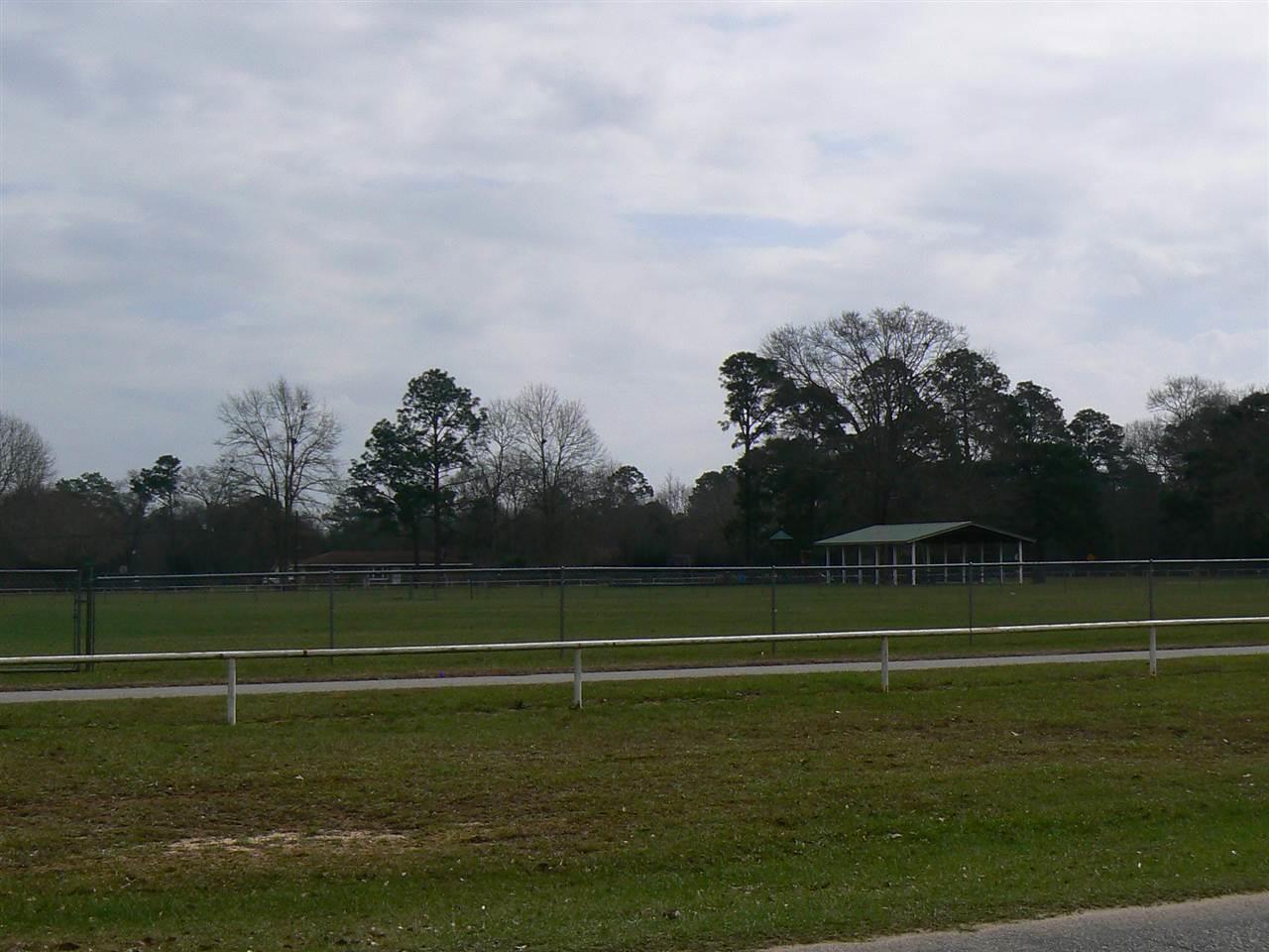 W Plaza Rd, Cantonment, FL 32533