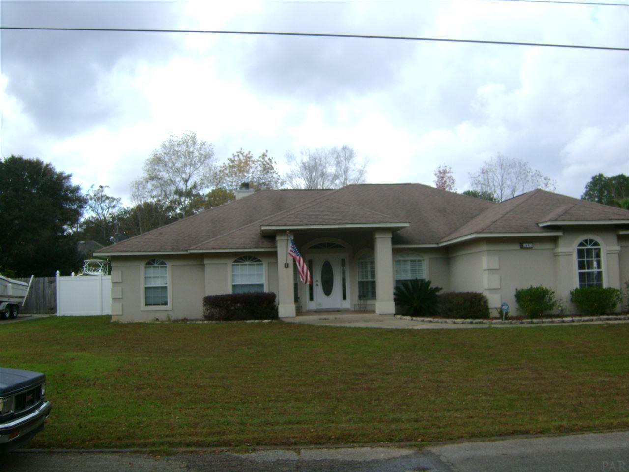1841 Shady Creek Dr, Cantonment, FL 32533