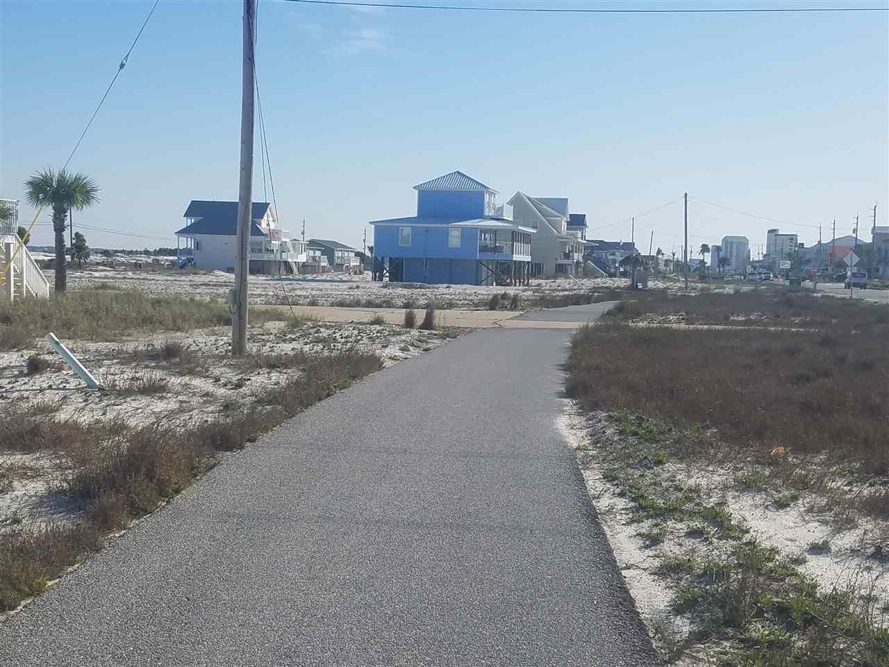 7726 Gulf Blvd, Navarre, FL 32566