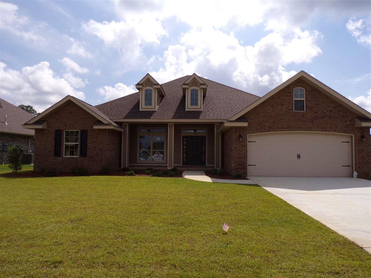 7762 Winter Greene Dr, Pensacola, FL 32526