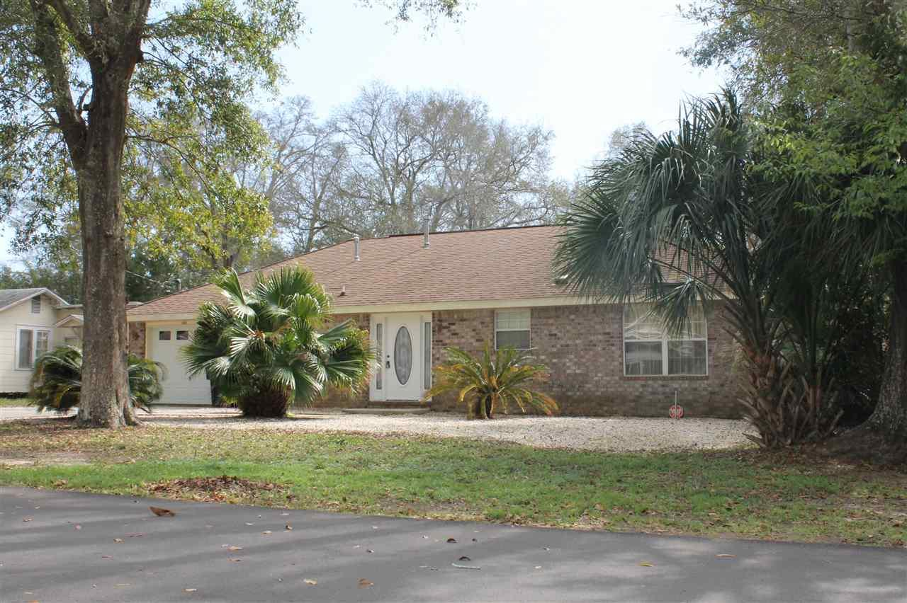 3003 E Lloyd St, Pensacola, FL 32503