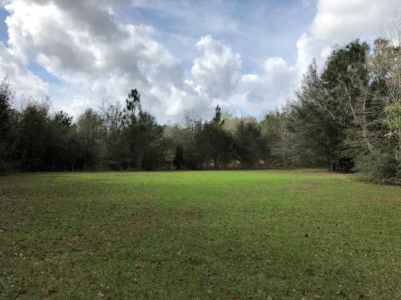 9809 Rebel Rd, Pensacola, FL 32526