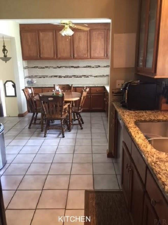 1030 Virecent Rd, Cantonment, FL 32533