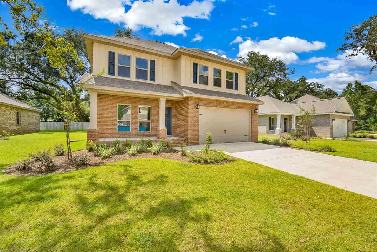 7913 Huntington Creek Ln, Pensacola, FL 32526